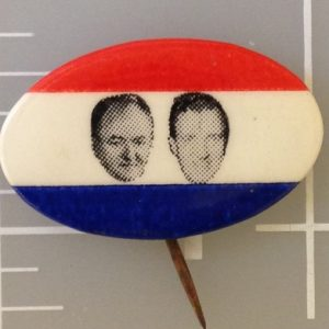 1 inch oval Humphrey Muskie Patriotic campaign button featuring both face photos