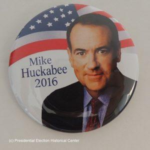 Mike Huckabee 2016 white campaign button with face in front of American flag