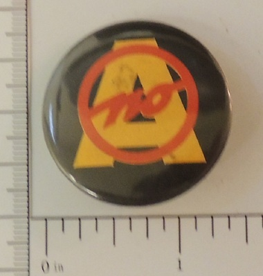 A NO special interest button black