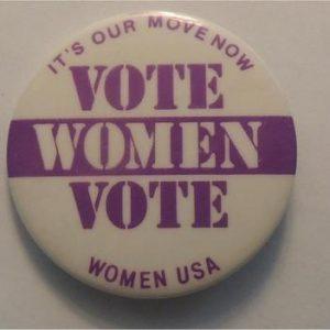 Vote WOMEN Voteö a little purple fade in ôWö of ôWOMENö