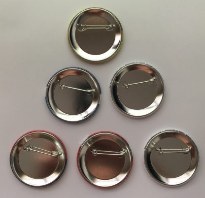 back of 6-pack of buttons